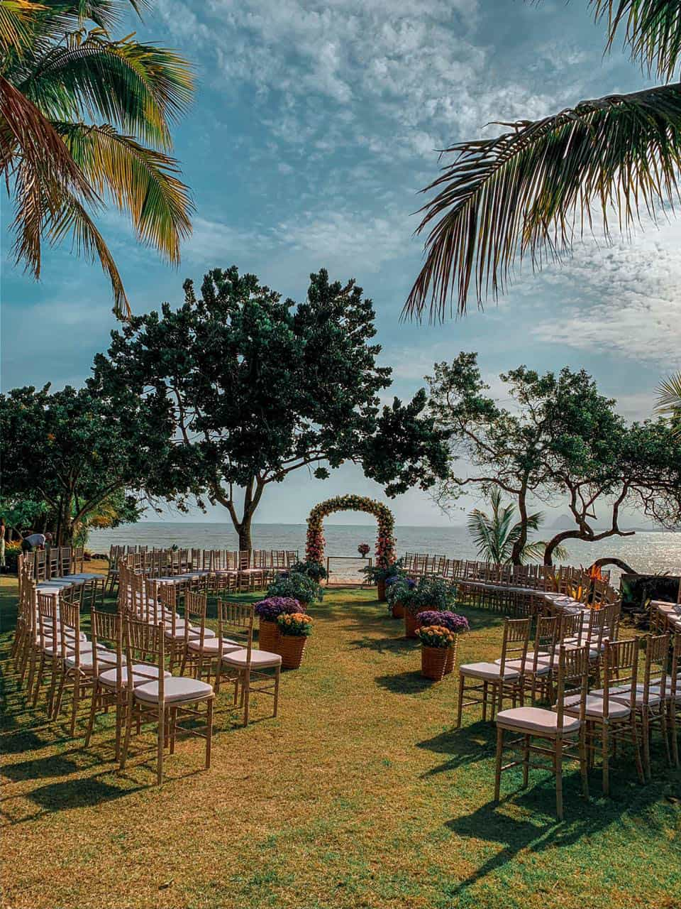 Casa-da-Maria-casamento-Mariana-e-Luan-Castelhanos-cerimonia-ao-ar-livre-cerimonia-na-praia-cerimonial-Vivianne-Melo-Espirito-Santo-Fotografia-Mariana-Andrich56