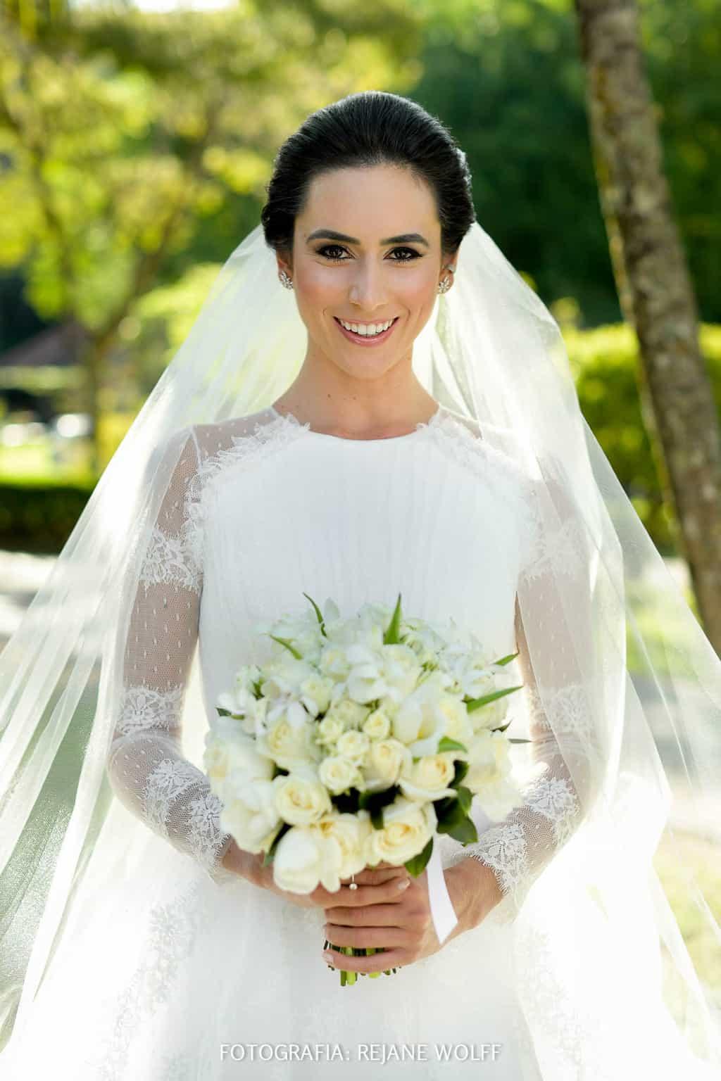 Casamento-Verane-e-Bruno-fotografia-Rejane-Wolff-hora-do-buque-Rej-Terras-de-Clara15