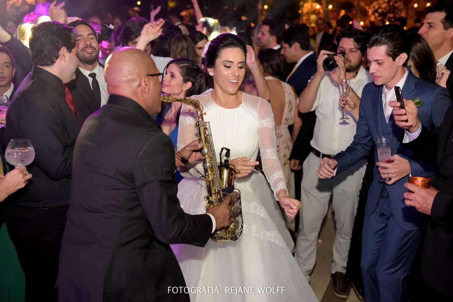 Casamento-Verane-e-Bruno-fotografia-Rejane-Wolff-hora-do-buque-Rej-Terras-de-Clara20