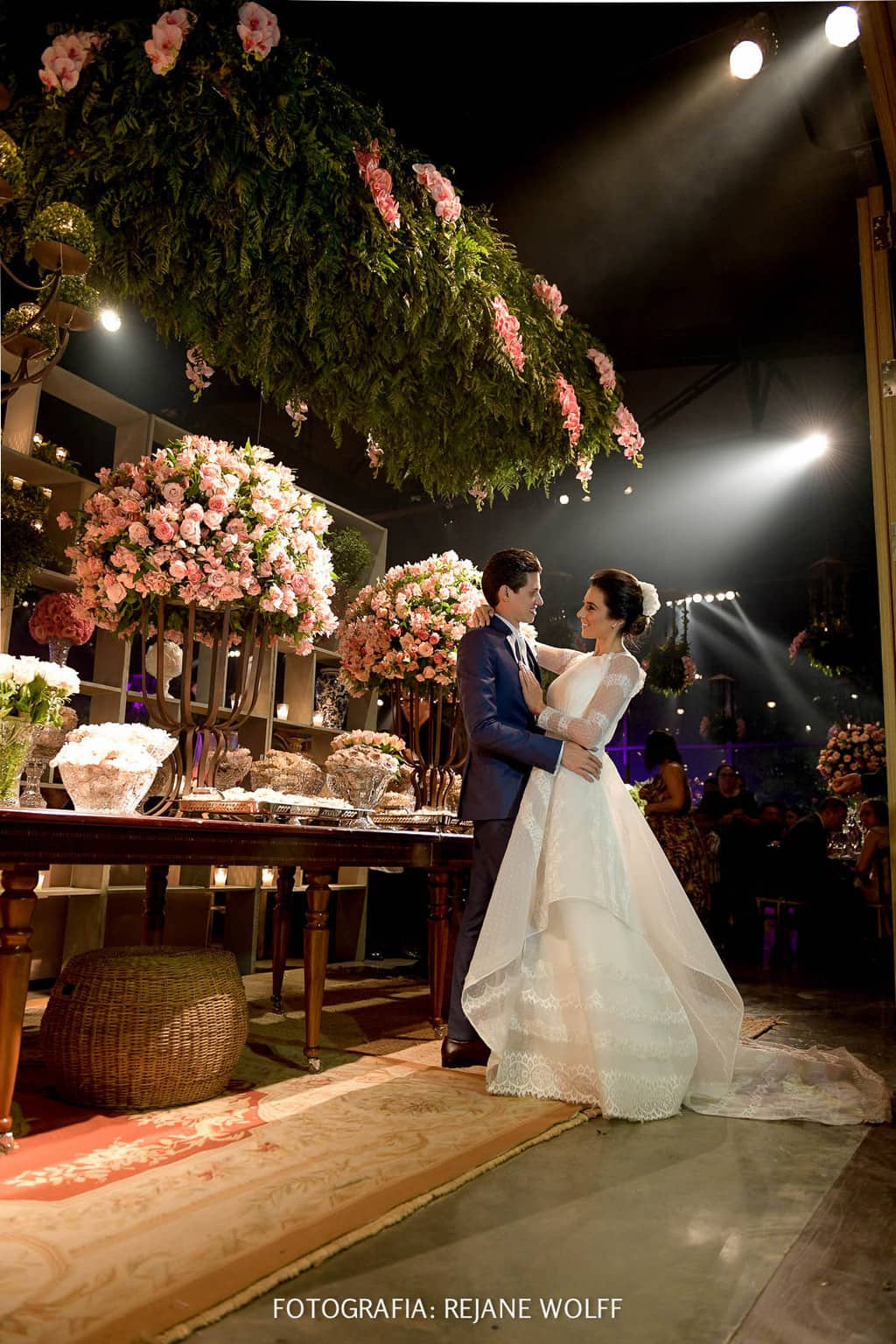 Casamento-Verane-e-Bruno-fotografia-Rejane-Wolff-hora-do-buque-Rej-Terras-de-Clara25