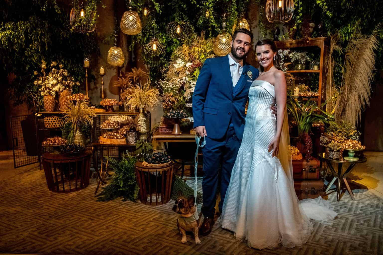 Bel-Benkler-eventos-Casamento-Ariane-e-Matheus-cerimonia-decoracao-contemporanea-fotografia-Rafael-Bigarelli-noivos-na-pista-Spazio-Giardini-39