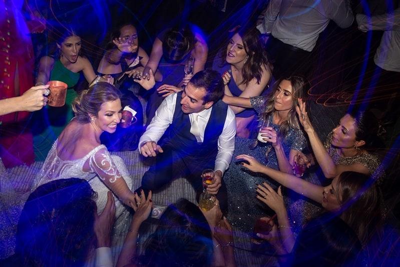 Casamento-Amanda-e-Flavio-Hotel-Unique-Anna-Quast-e-Ricky-Arruda-Babi-Leite-1-18-Project-Andre-Pedrotti-festa95