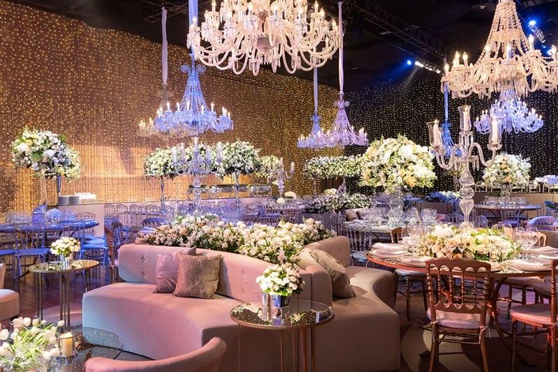 Casamento-Amanda-e-Flavio-Hotel-Unique-Anna-Quast-e-Ricky-Arruda-Babi-Leite-1-18-Project-Andre-Pedrotti09-decor-festa