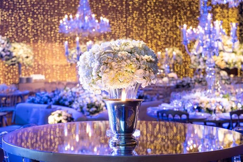 Casamento-Amanda-e-Flavio-Hotel-Unique-Anna-Quast-e-Ricky-Arruda-Babi-Leite-1-18-Project-Andre-Pedrotti10-decor-festa