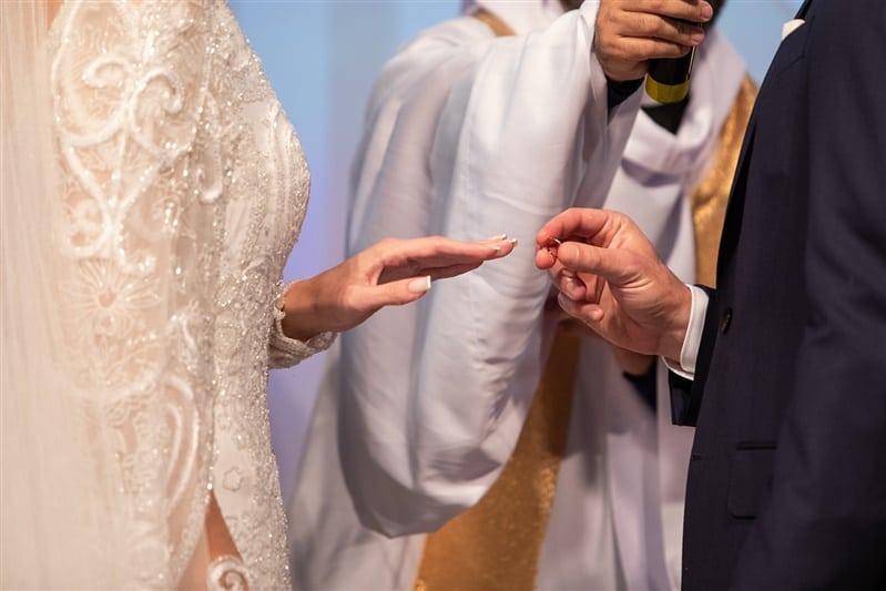 Casamento-Amanda-e-Flavio-Hotel-Unique-Anna-Quast-e-Ricky-Arruda-Babi-Leite-1-18-Projectvestido-Junior-Santaella-buque-Andre-Pedrotti-8-cerimonia