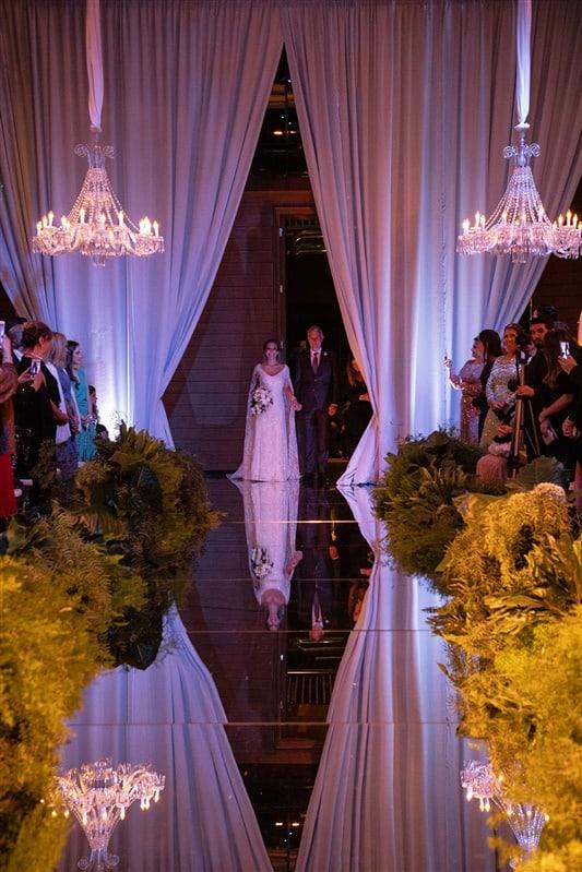 Casamento-Amanda-e-Flavio-Hotel-Unique-Anna-Quast-e-Ricky-Arruda-Babi-Leite-1-18-Projectvestido-Junior-Santaella-buque-Andre-Pedrotti-9-cerimonia