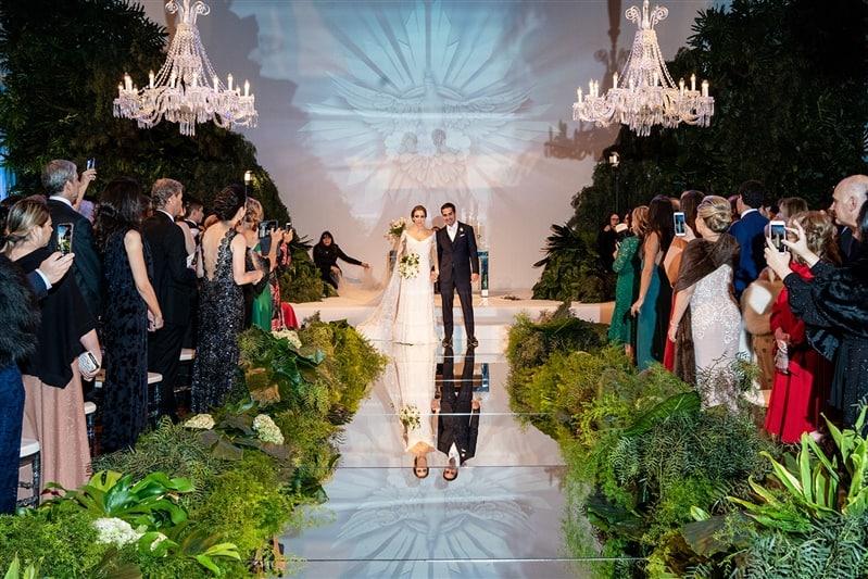 Casamento-Amanda-e-Flavio-Hotel-Unique-Anna-Quast-e-Ricky-Arruda-Babi-Leite-1-18-Projectvestido-Junior-Santaella-buque-Andre-Pedrotti-cerimonia-casal