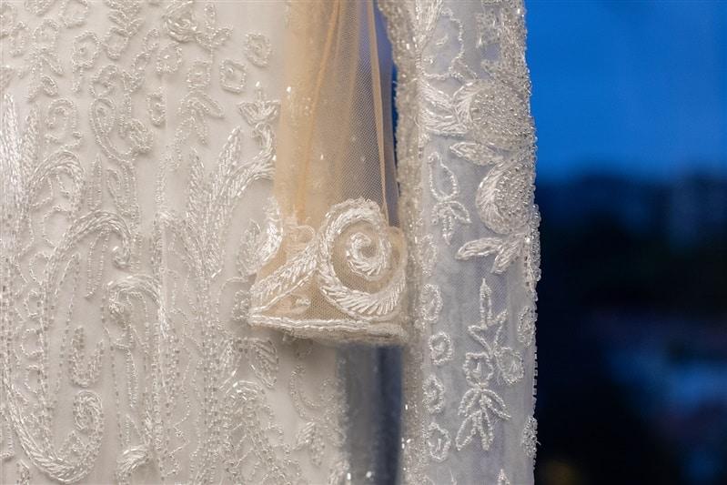Casamento-Amanda-e-Flavio-Hotel-Unique-Anna-Quast-e-Ricky-Arruda-Babi-Leite-making-of-vestido-de-noiva-veu-grinalda-Junior-Santaella166