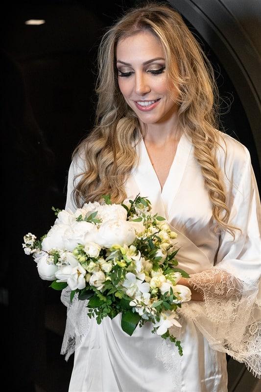 Casamento-Amanda-e-Flavio-Hotel-Unique-Anna-Quast-e-Ricky-Arruda-Babi-Leite-making-of0-buque-Andre-Pedrotti261
