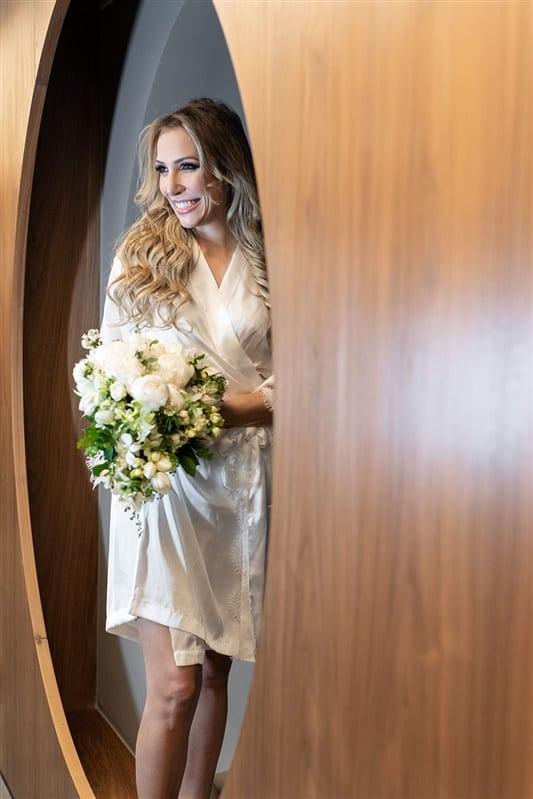 Casamento-Amanda-e-Flavio-Hotel-Unique-Anna-Quast-e-Ricky-Arruda-Babi-Leite-making-of0-buque-Andre-Pedrotti266