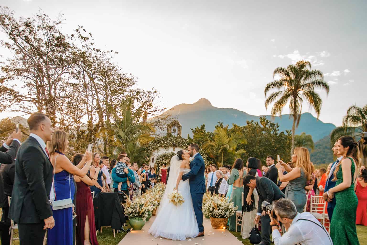 Casamento-Alissa-e-Gustavo-Cerimonial-Manu-Goncalez-Decor-Andrea-Kapps-Fasano-Angra-dos-Reis-Foto-VRebel-Cerimonia421