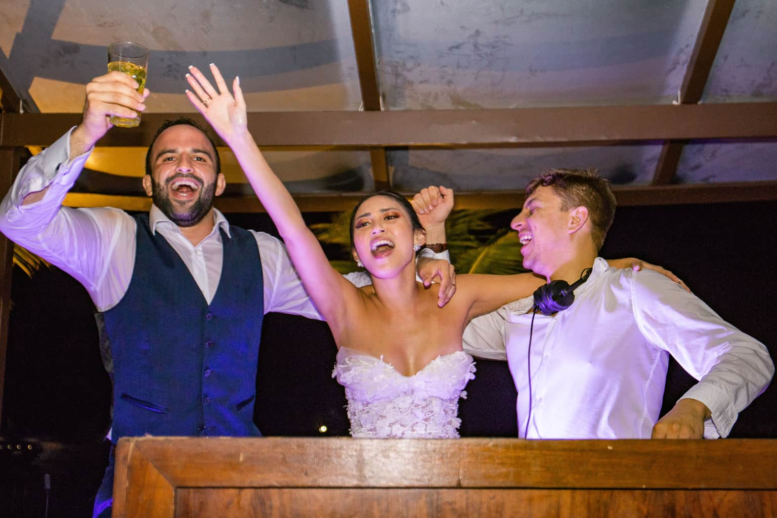 Casamento-Alissa-e-Gustavo-Cerimonial-Manu-Goncalez-Decor-Andrea-Kapps-Fasano-Angra-dos-Reis-Foto-VRebel-DJ-Jimmy-festa5470