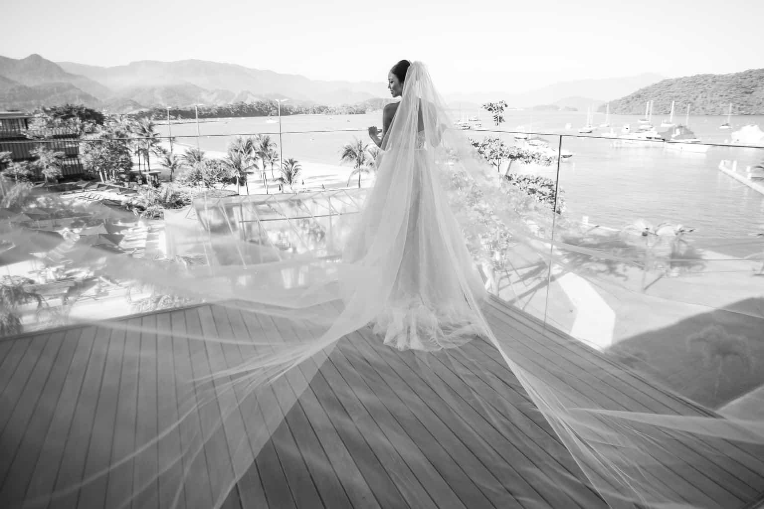 Casamento-Alissa-e-Gustavo-Cerimonial-Manu-Goncalez-Decor-Andrea-Kapps-Fasano-Angra-dos-Reis-Foto-VRebel-G-Junior-Making-of2049