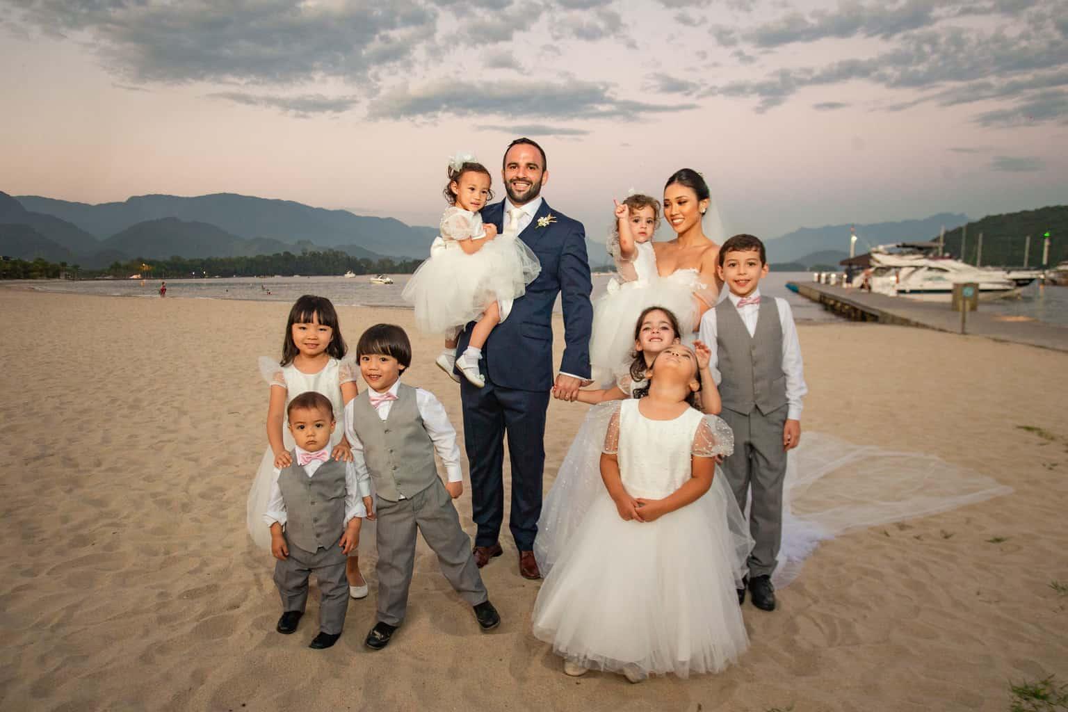 Casamento-Alissa-e-Gustavo-Cerimonial-Manu-Goncalez-Decor-Andrea-Kapps-Fasano-Angra-dos-Reis-Foto-VRebel-G-Junior-Making-of783