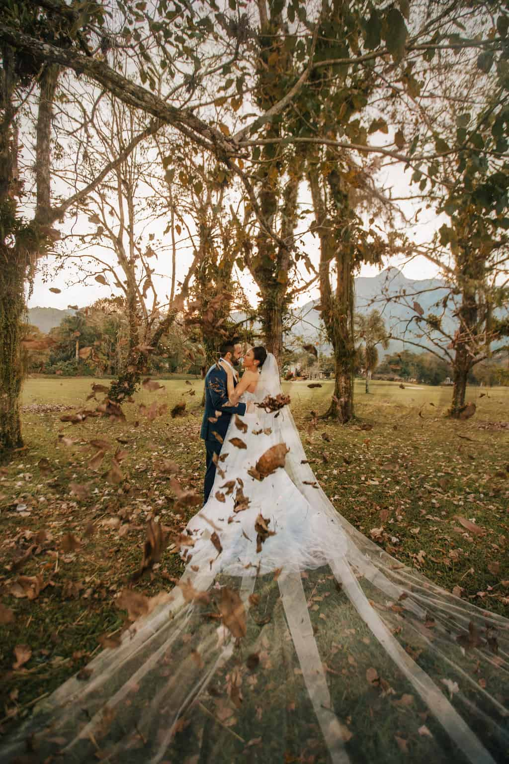 Casamento-Alissa-e-Gustavo-Cerimonial-Manu-Goncalez-Decor-Andrea-Kapps-Fasano-Angra-dos-Reis-Foto-VRebel-fotos-do-casal3561-Edit-Edit-1