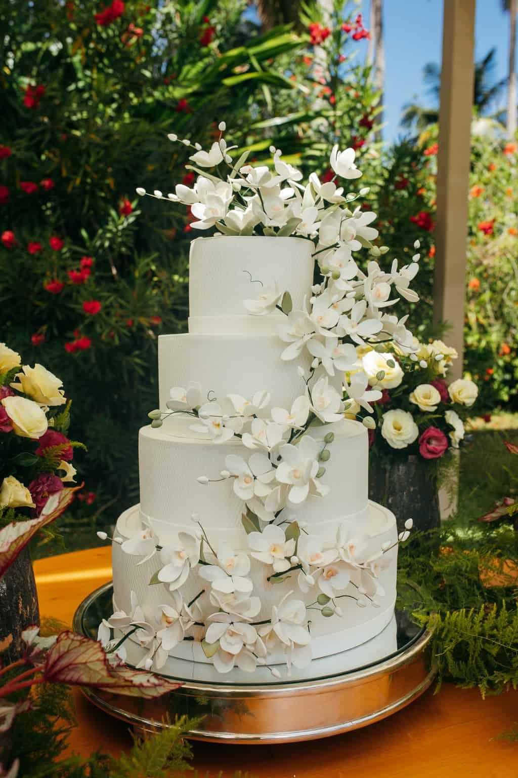 Casamento-Gardenia-e-Marcos-Antonio-Paulo-Bezerra-Joao-Curvelo-Carol-Maiorano-bolo