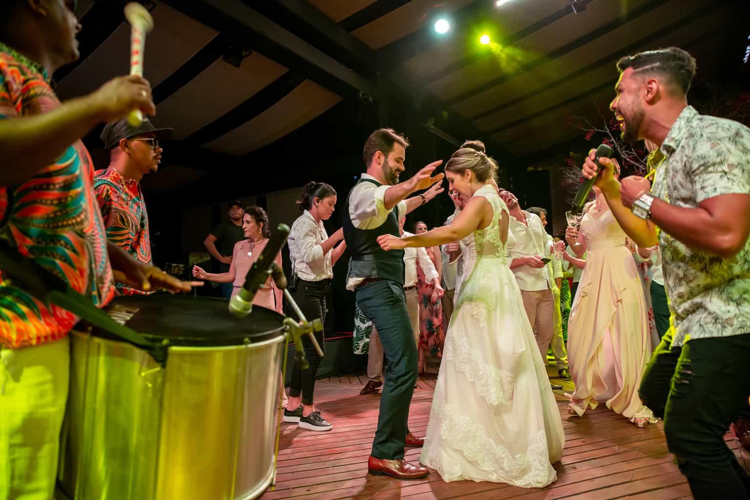 casamento-Taina-e-Hugo-Itapororoca-Villa-Trancoso-Patricia-Galvao-Sotter-Fotografia-festa1278