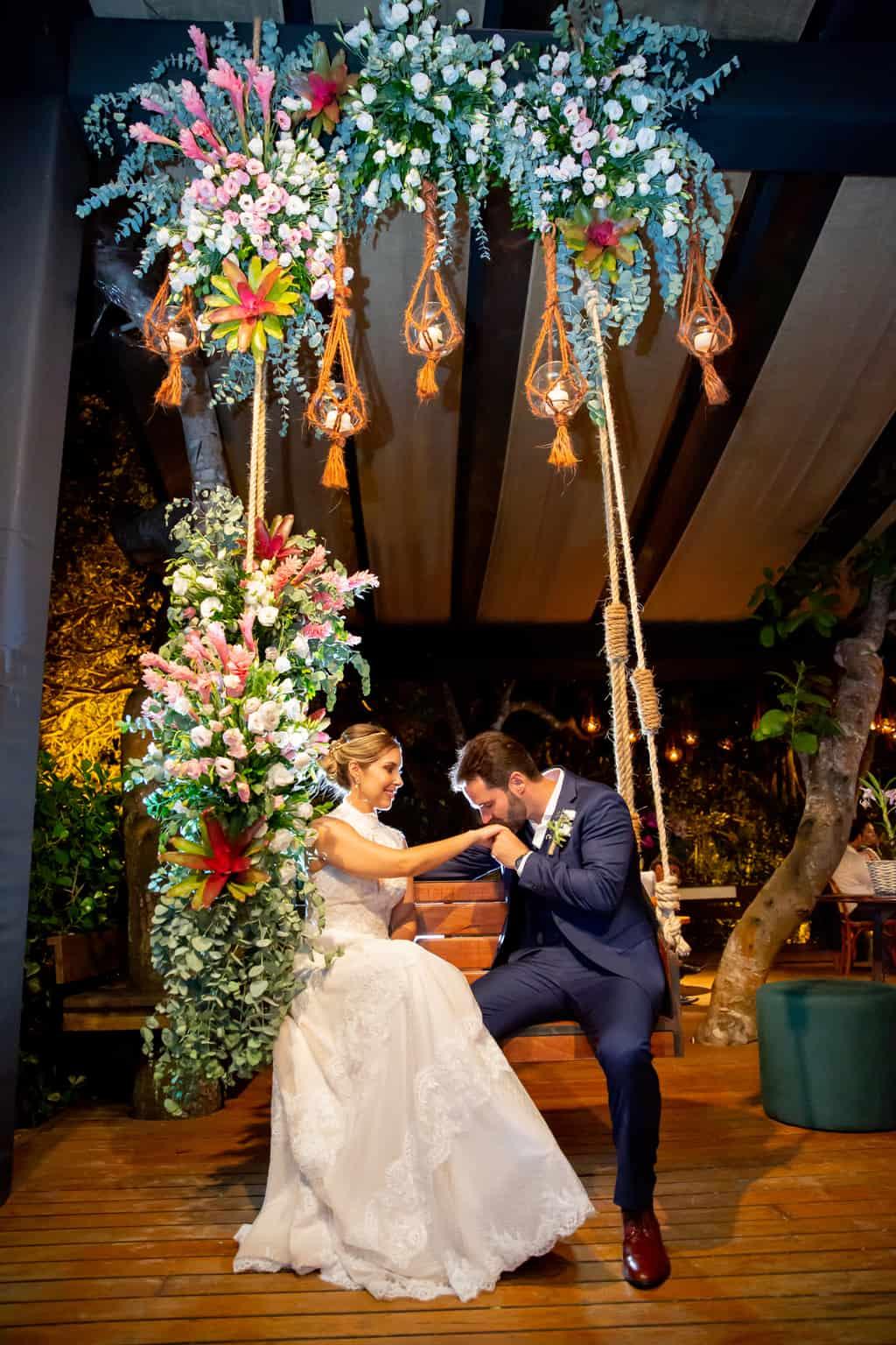 casamento-Taina-e-Hugo-Itapororoca-Villa-Trancoso-Patricia-Galvao-Sotter-Fotografia-festa957balanco