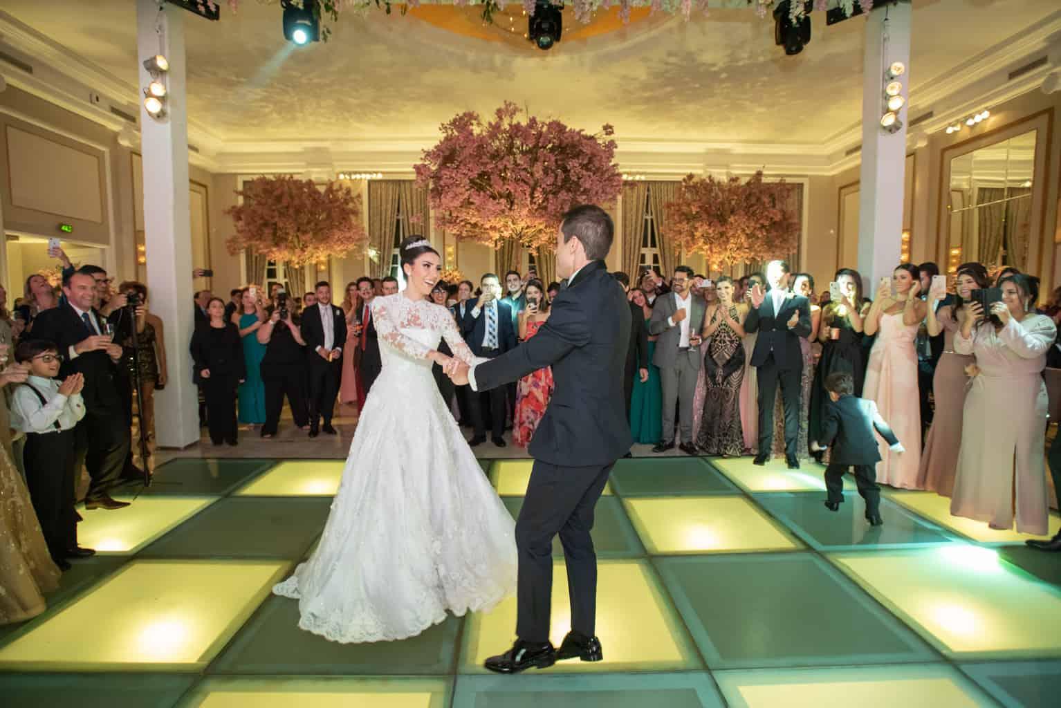 casamento-Patricia-e-Thiago-Copacabana-Palace-Daniel-Curz-A-Roseira-Paula-Rocha-Marina-Fava-festa1410-Patricia-e-Thiago-MFF_1546