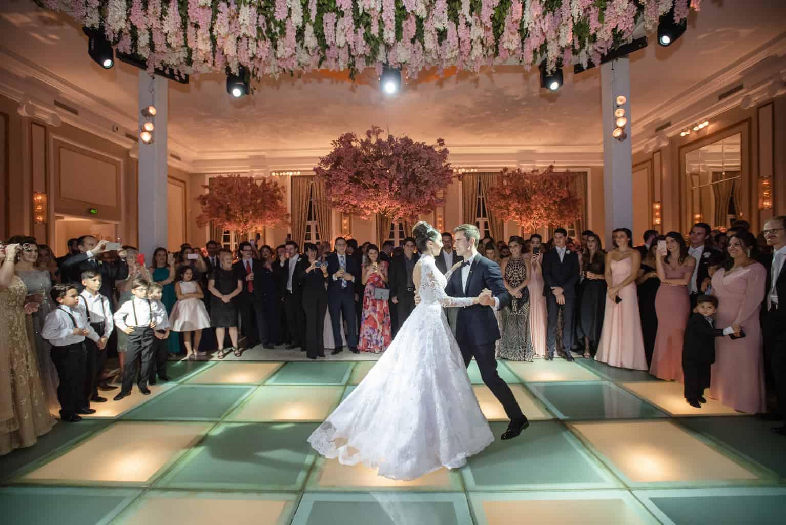 casamento-Patricia-e-Thiago-Copacabana-Palace-Daniel-Curz-A-Roseira-Paula-Rocha-Marina-Fava-festa1487-Patricia-e-Thiago-MFF_1647