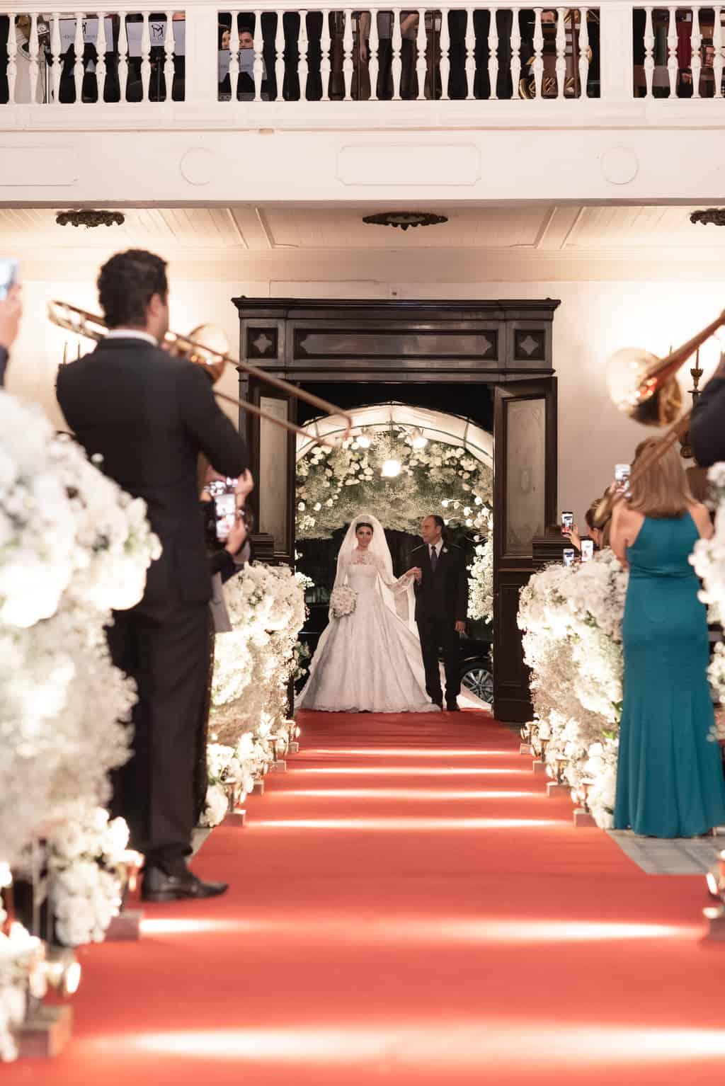 casamento-Patricia-e-Thiago-Igreja-Nossa-Senhora-do-Bonsucesso-Paula-Rocha-Marina-Fava-Cerimonia0726-Patricia-e-Thiago-MFF_9853