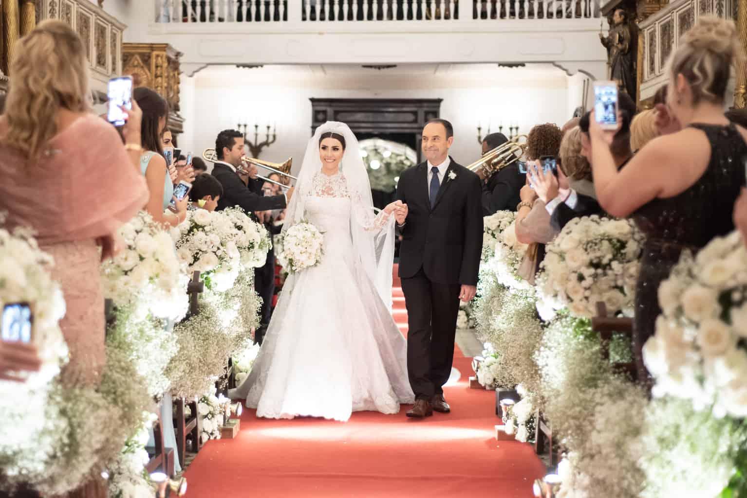 casamento-Patricia-e-Thiago-Igreja-Nossa-Senhora-do-Bonsucesso-Paula-Rocha-Marina-Fava-Cerimonia0738-Patricia-e-Thiago-WAL_3647