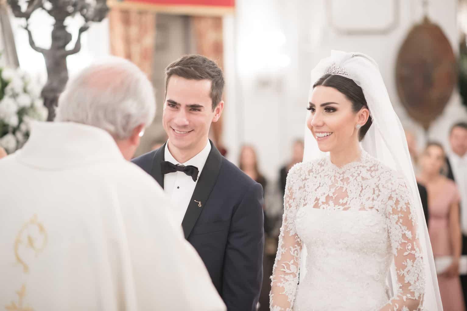 casamento-Patricia-e-Thiago-Igreja-Nossa-Senhora-do-Bonsucesso-Paula-Rocha-Marina-Fava-Cerimonia1073-Patricia-e-Thiago-WAL_4147
