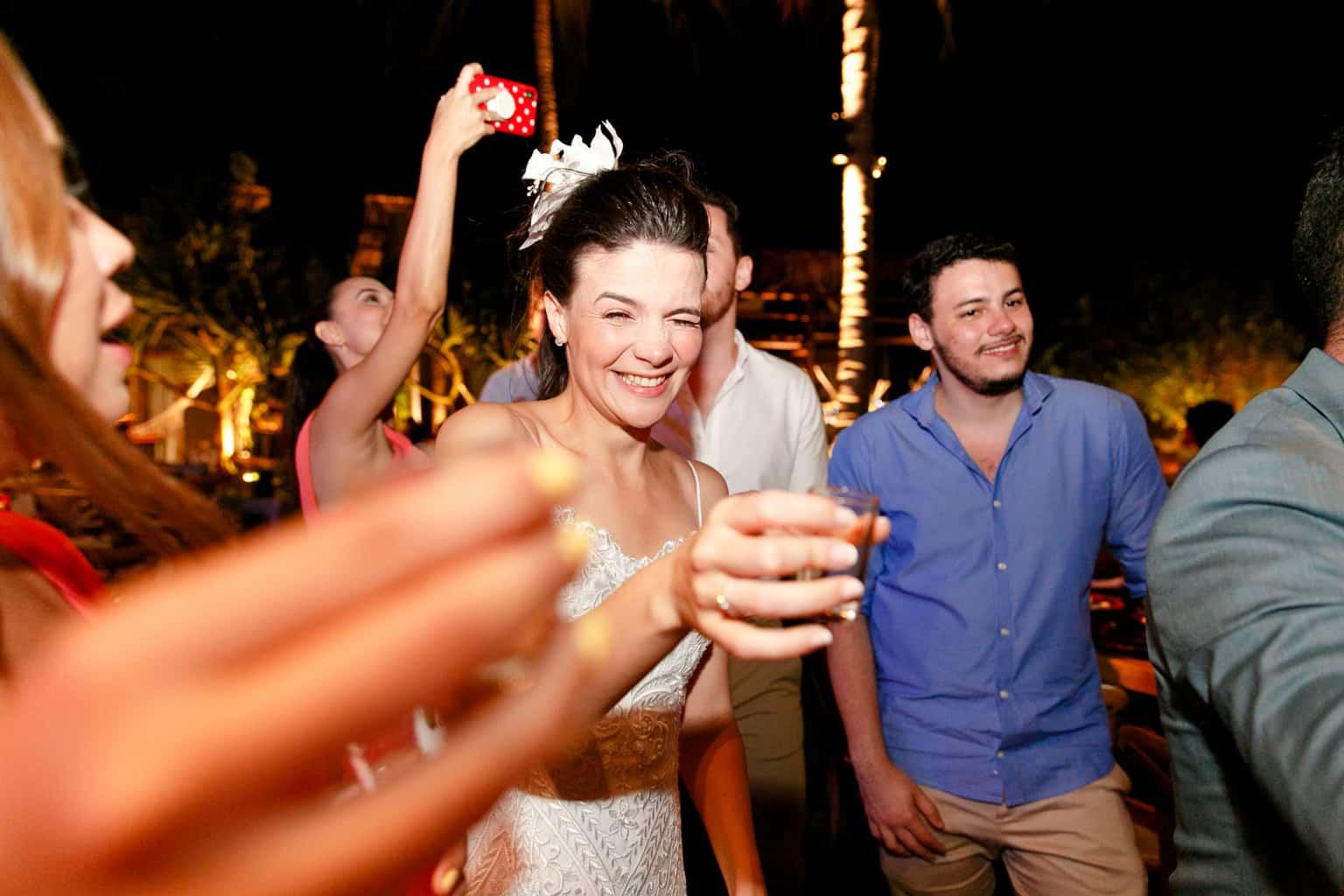 Casamento-Emanuelle-e-Alysson-Fotografia-Tadeu-Nanó-e-Luca-Antunes159