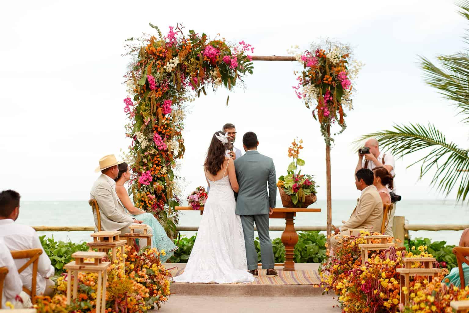 Casamento-Emanuelle-e-Alysson-Fotografia-Tadeu-Nanó-e-Luca-Antunes90-1