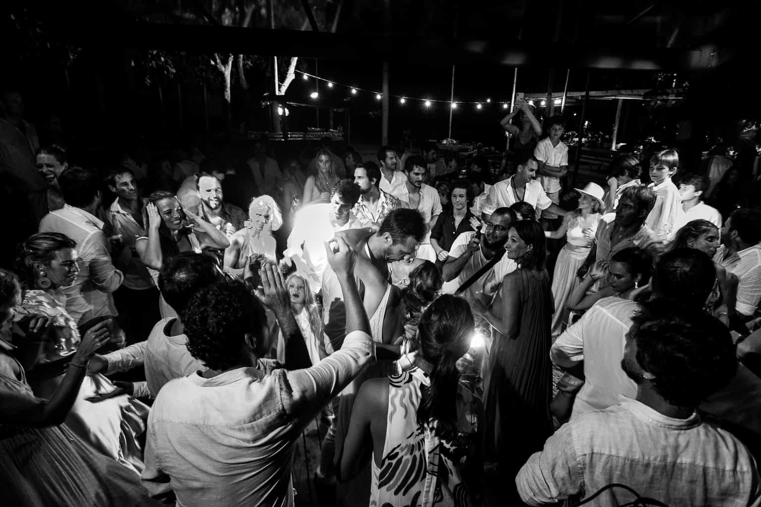 Casamento-Victoria-e-Christian-Fotografia-Tiago-Saldanha-Festa831_MG_2146