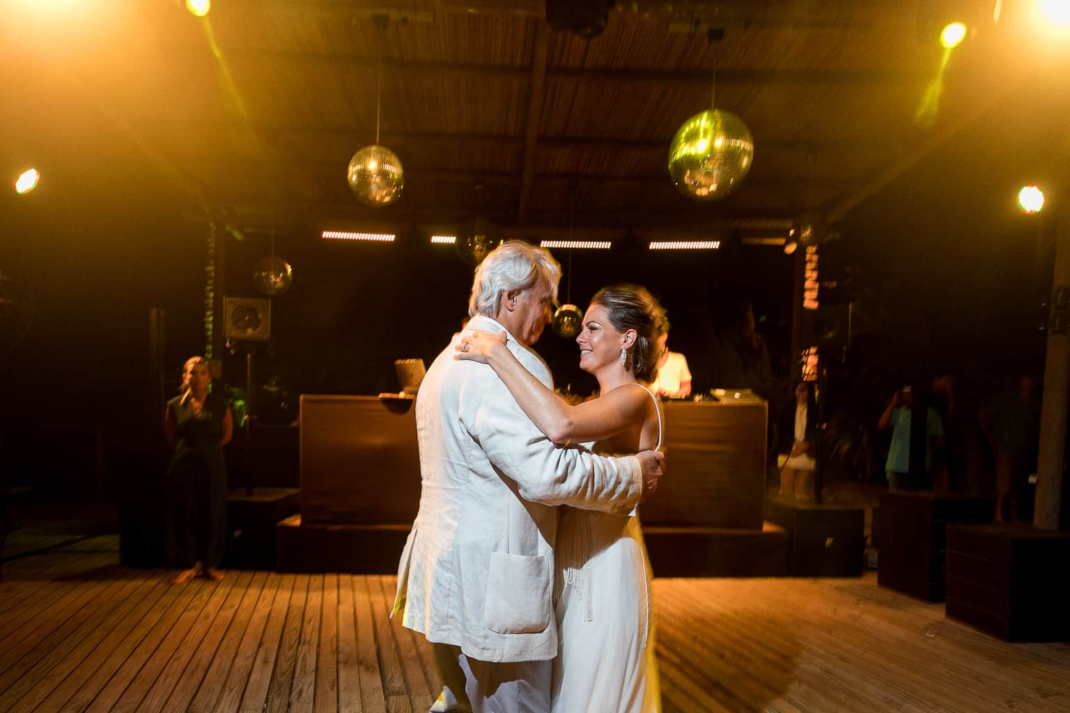 Casamento-Victoria-e-Christian-Fotografia-Tiago-Saldanha-Festa839_MG_2187