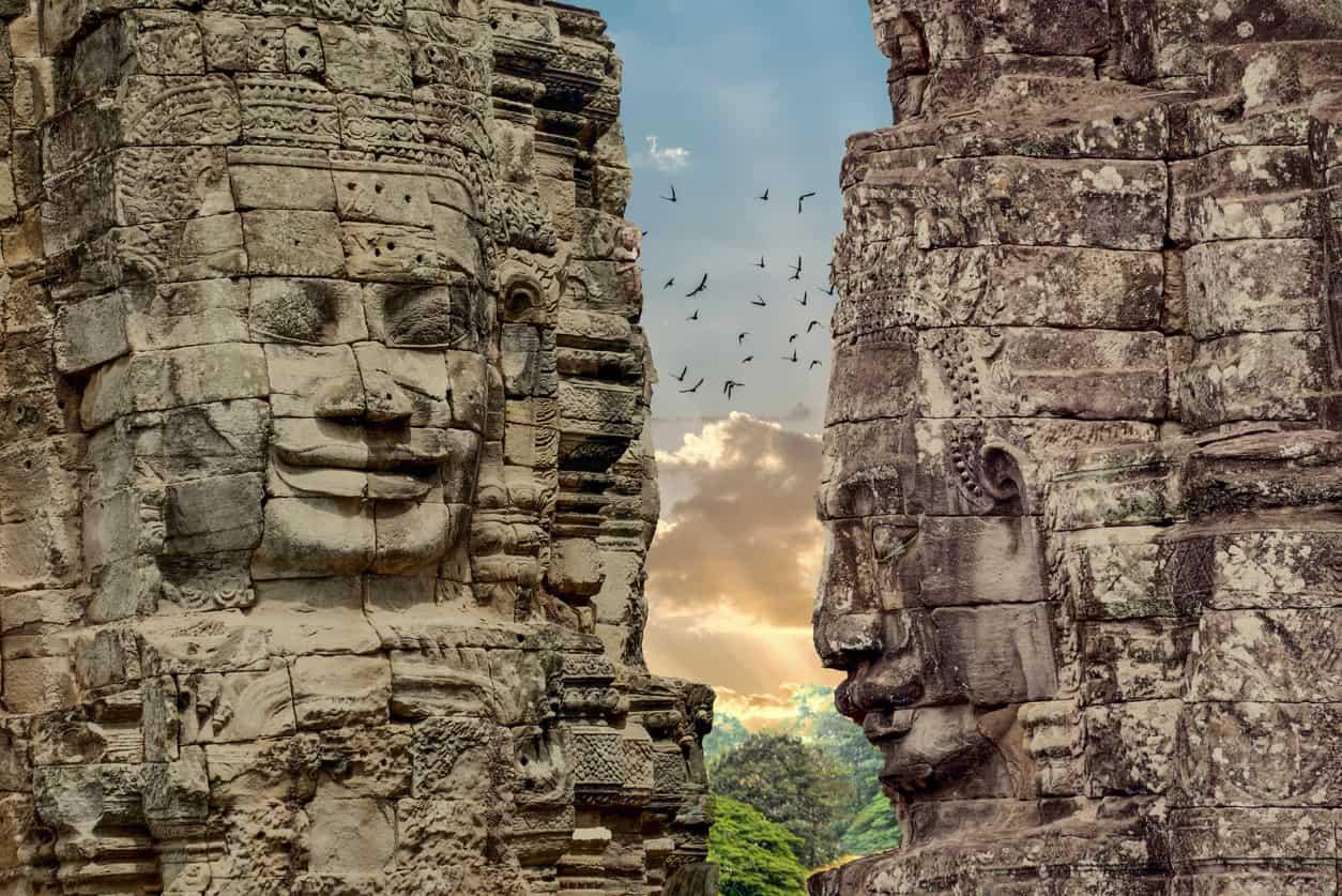 Os-templos-de-Angkor-se-tornaram-Patrimônio-da-Humanidade-declarados-pela-Unesco.