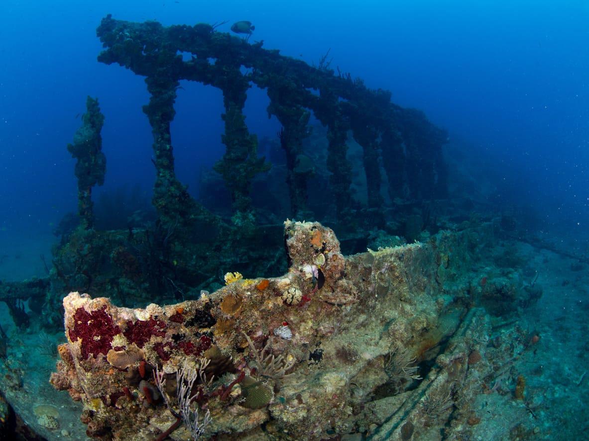 Com-ótimos-pontos-de-mergulho-as-águas-que-banham-o-território-das-Ilhas-Virgens-Britânicas-escondem-tesouros-surpreendentes-de-diversos-naufrágios.