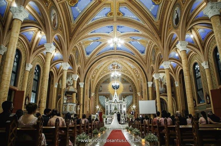 Cerimonia-de-casamento-na-Igreja-Rodrigo-santus